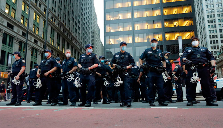 A Bill To Ban Rubber Bullets And Tear Gas For Police Has Been Developed In The US