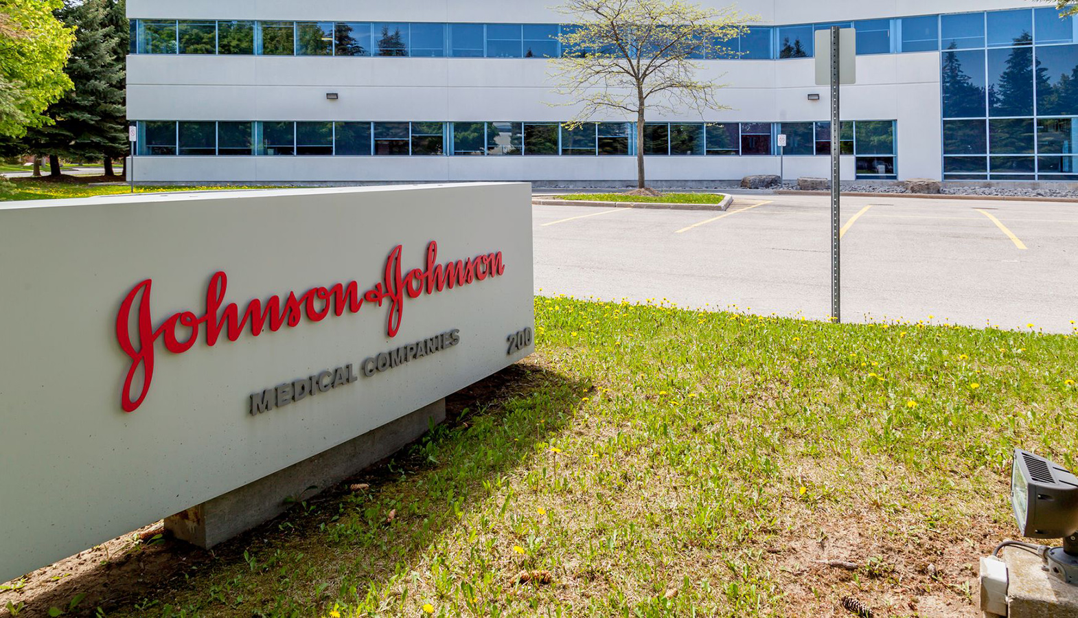 Johnson & Johnson Begins The Final Stage Of COVID-19 Vaccine Testing