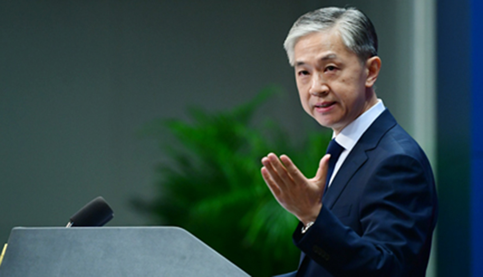 The Chinese Foreign Ministry Denied Rumors About Upcoming Sanctions Against Nokia And Ericsson